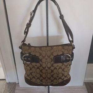 Beautiful shoulder bag by Coach 🌸🍀